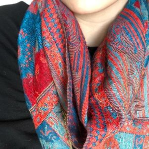 Woven Patterned Scarf